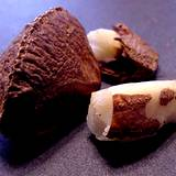 a photo of Brazil nuts a natural food source of silenium