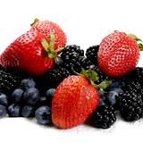 photo of strawberries, blueberries, black raspberries have benefits of antioxidants