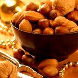 photo of a bowl of mixed nuts a natural source of leucine