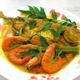 photo of a plate cooked seafood with curry a natural food source of iodine